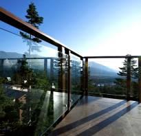 Использование стеклянных ограждений для балкона