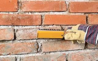 Чем закрыть кирпичную стену
